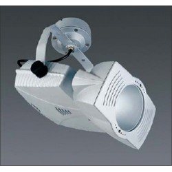 Projecteur 150W a iodure metallique. Sur patère CE 6002